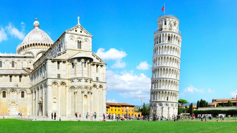 Pisa - 80km - Admire the outstanding leaning tower